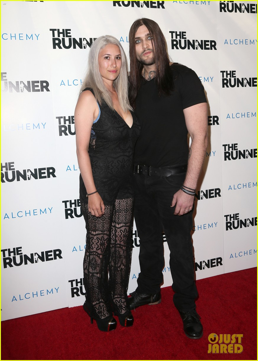 nicolas cage is joined by son weston at the runner premiere 013431681
