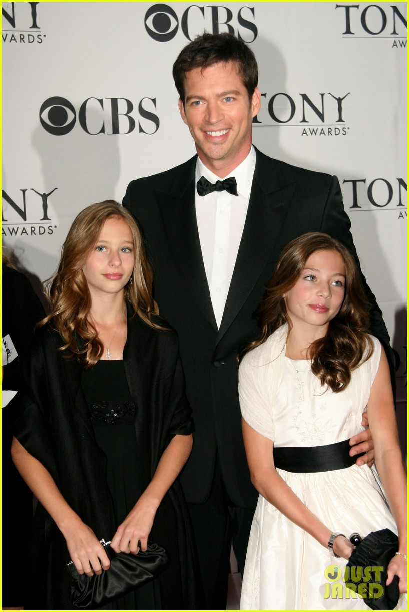 Harry connick jr 39 s daughter georgia arrested for for Jill goodacre wedding dress