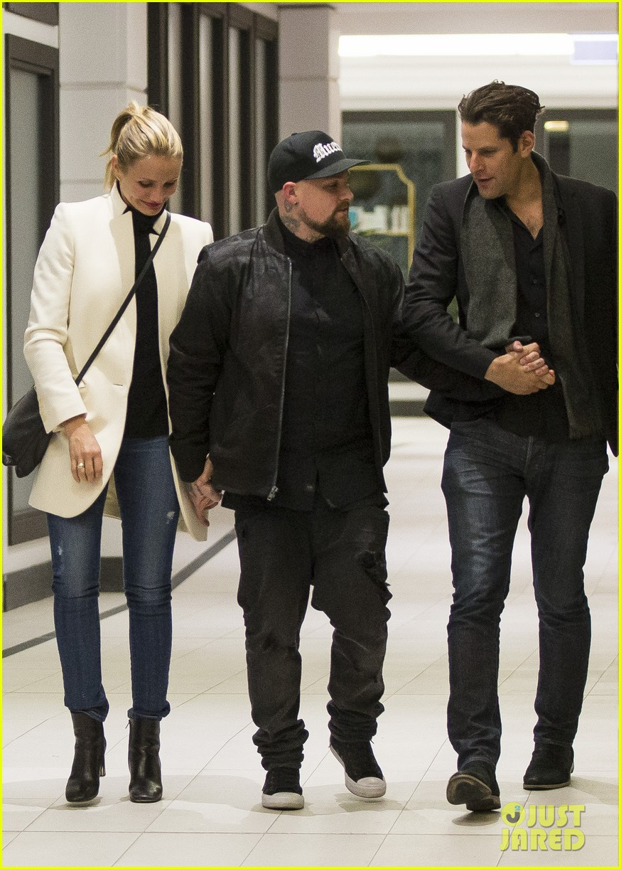cameron diaz husband benji madden have a dinner date down under