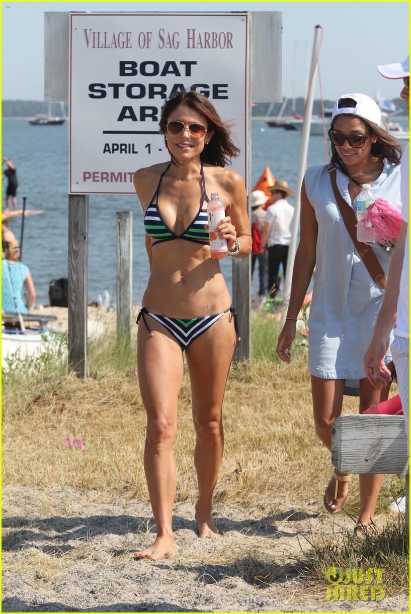 lena dunham hits the beach in a bikini for breast cancer research