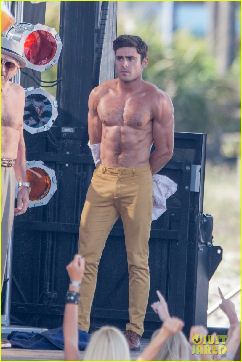 zac efron shirtless baywatch movie 143434812