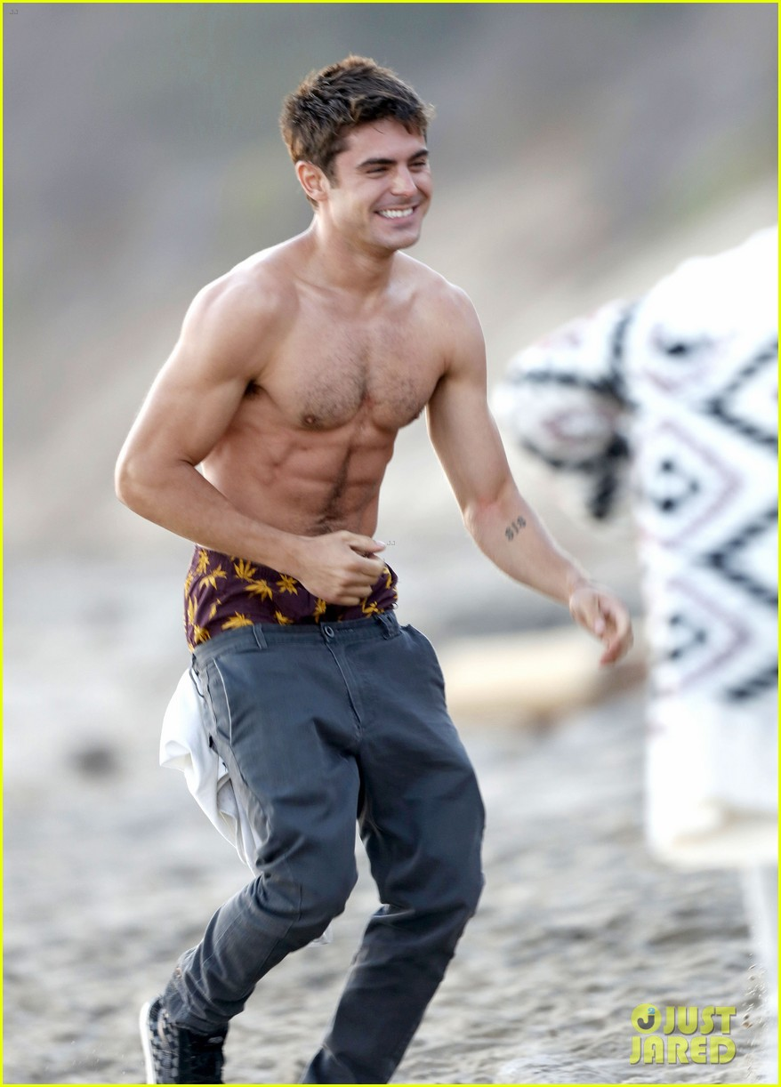 zac efron shirtless baywatch movie 223434820