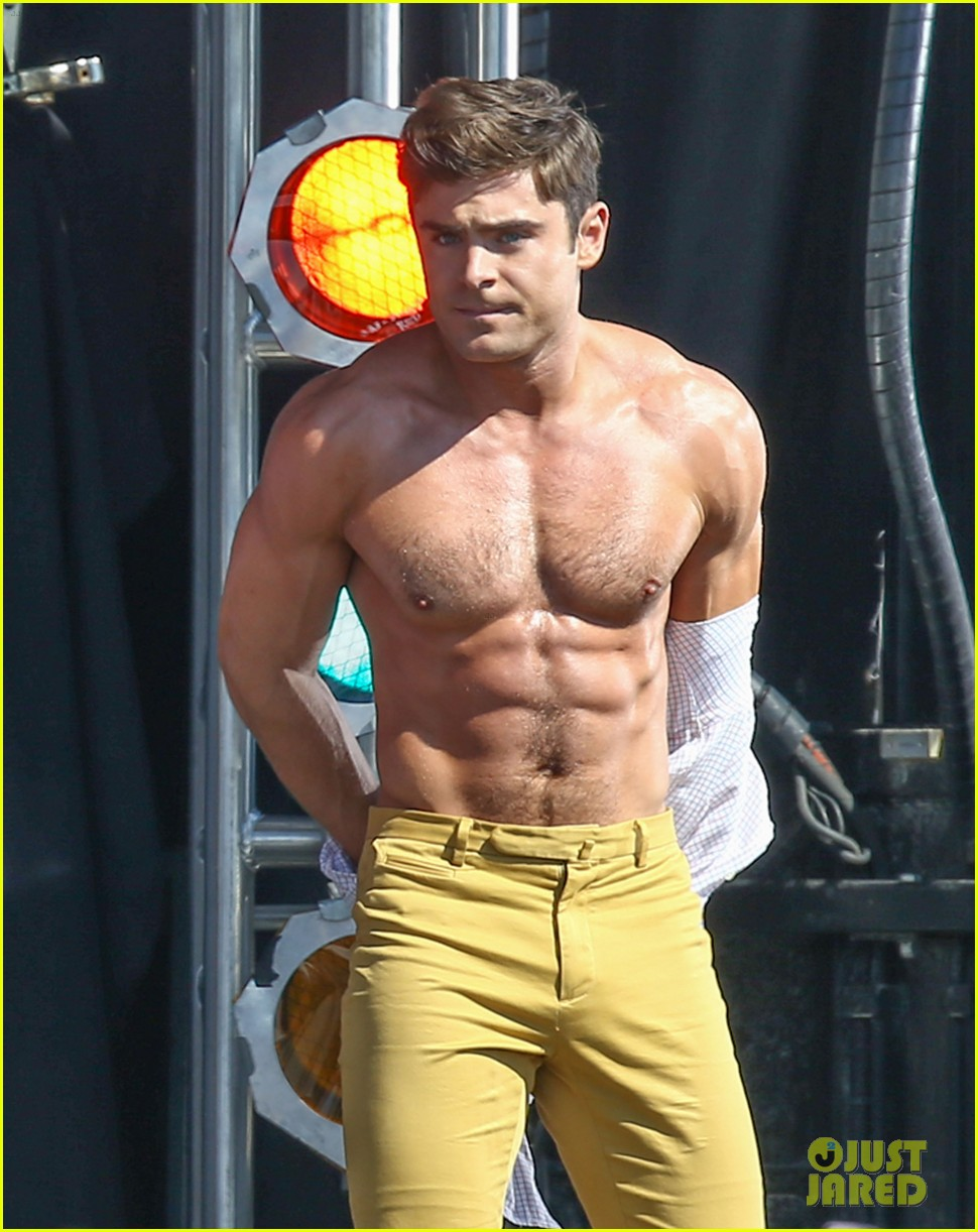 zac efron shirtless baywatch movie 273434825
