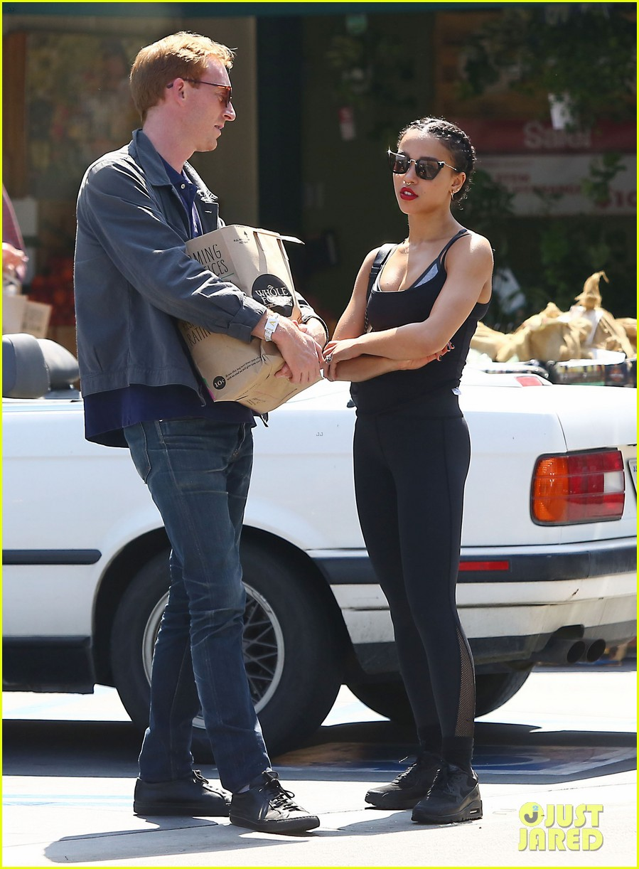 fka twigs whole foods grocery shopping 103444341