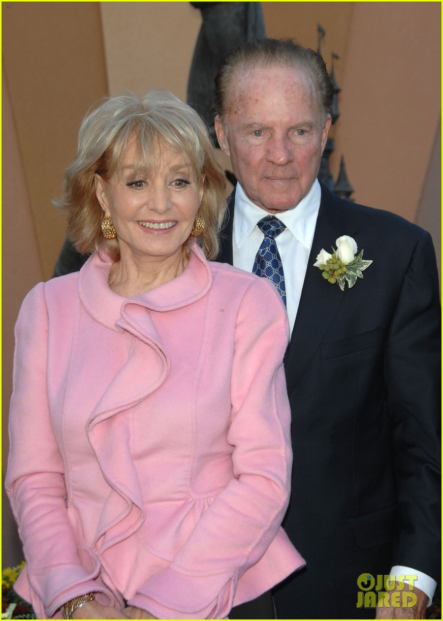 Frank gifford rip sportscaster nfl hall of famer dies for Frank and kathie lee gifford wedding