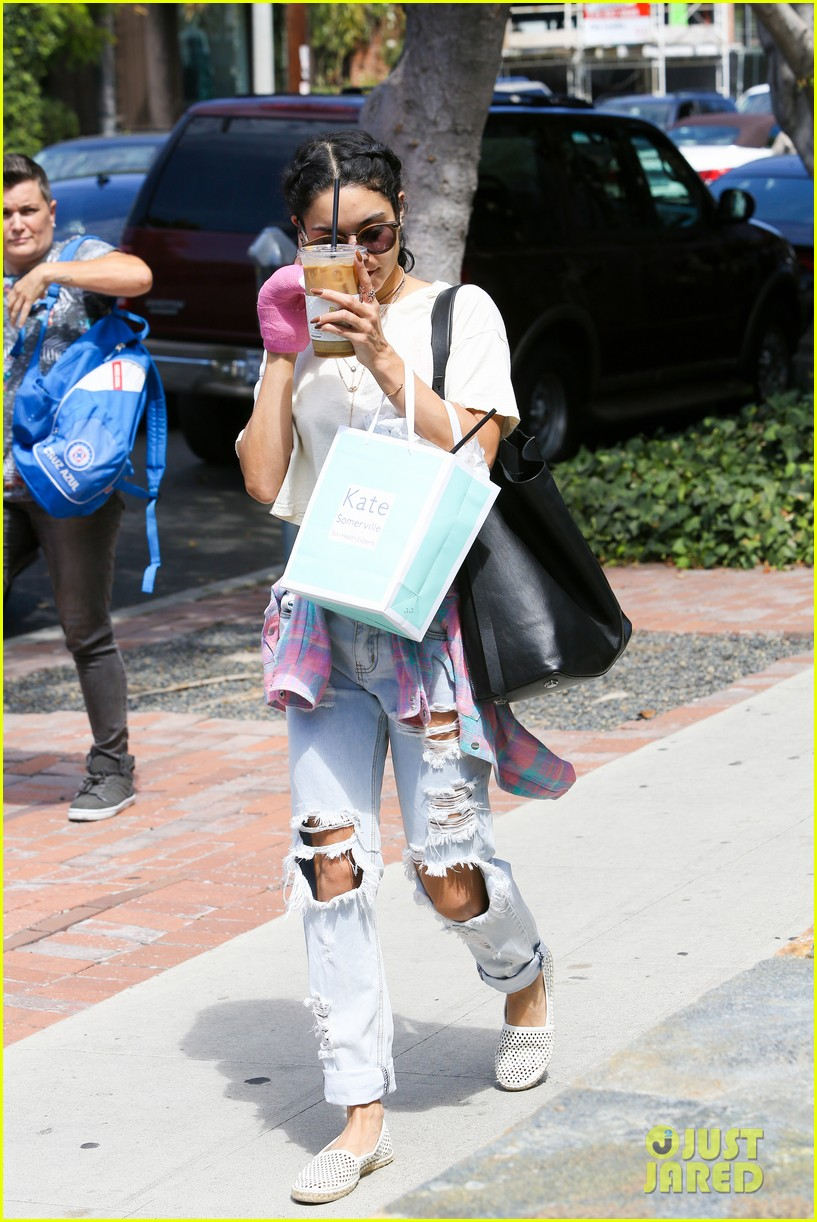vanessa hudgens freelusion agt laura new kate somerville stop 123446236