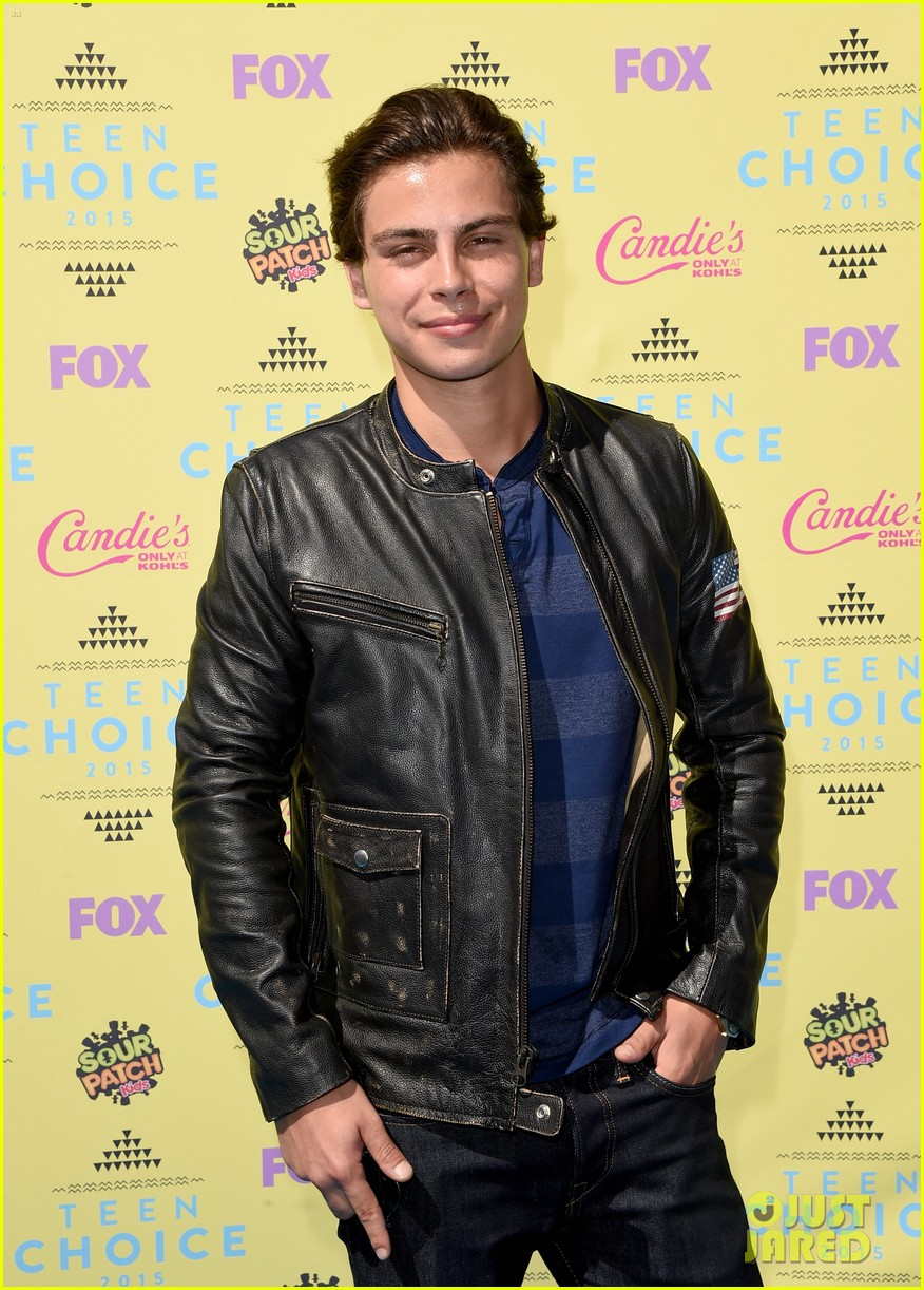 Jake t austin is dating