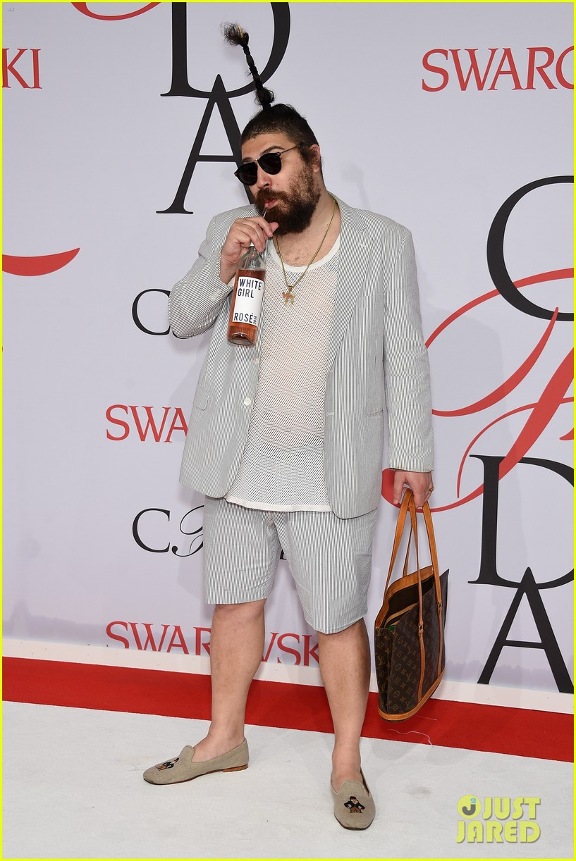fat jew apologizes for not crediting other comedians jokes 013443240