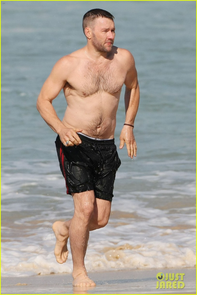 PLLs Tyler Blackburn Shows Off His Shirtless Body in