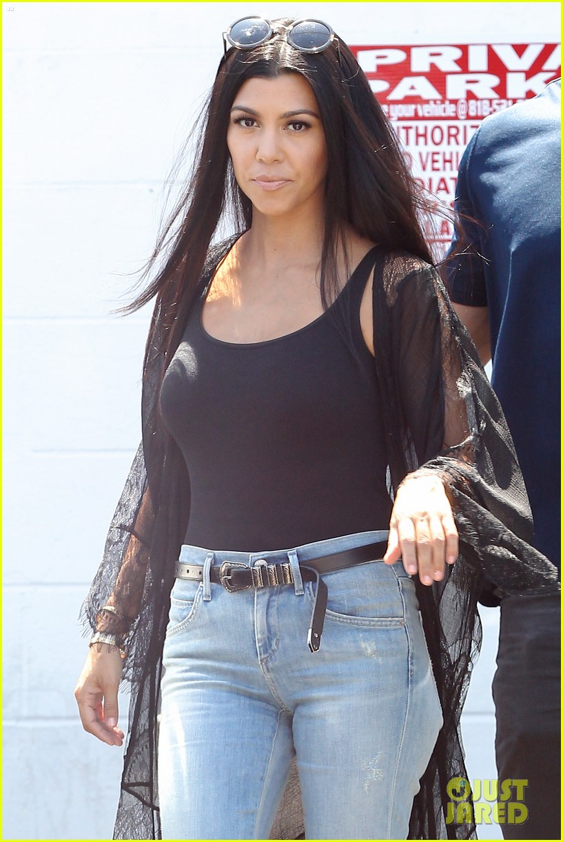 Is a cute Kourtney Kardashian nude photos 2019