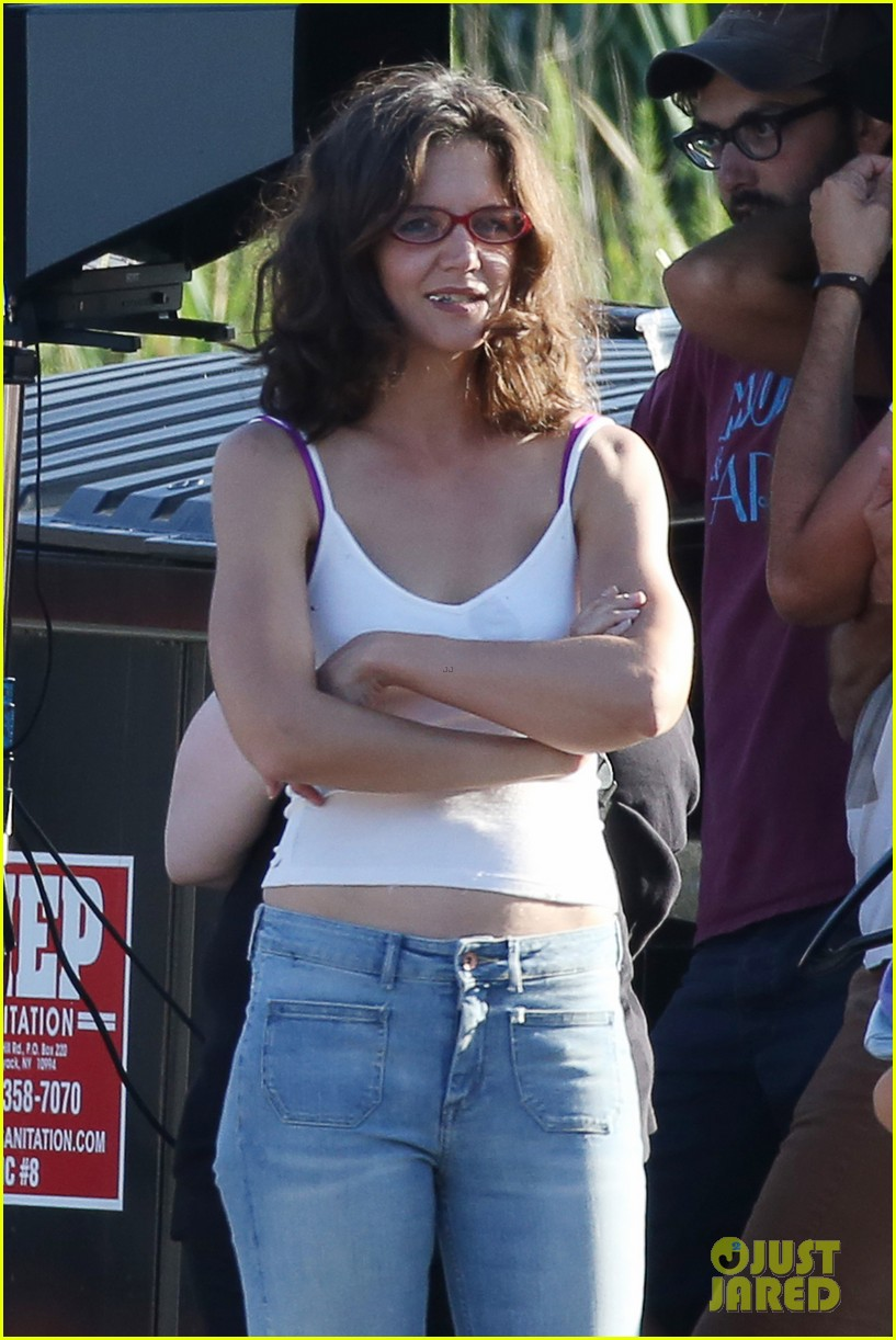 Katie Holmes Gets a Visit From Her Mom Kathleen on Set ...