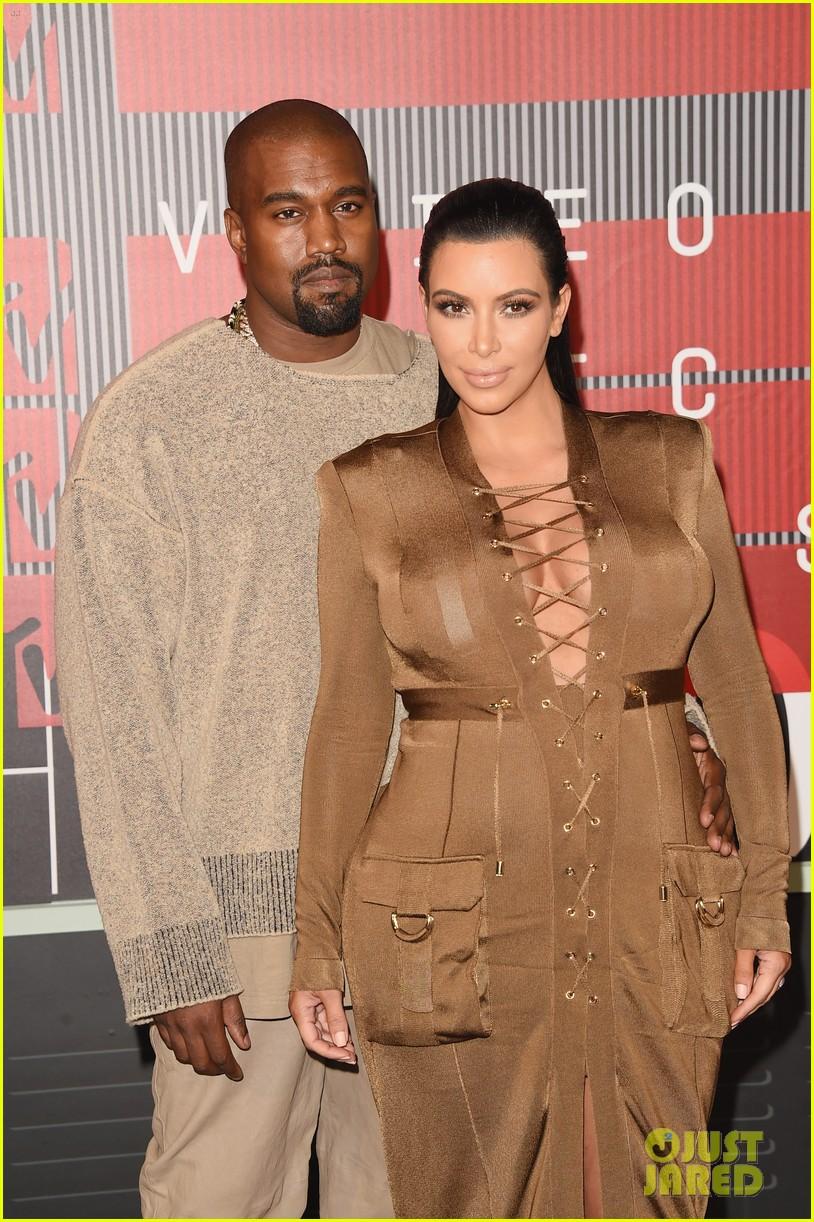kim kardashian kanye west mtv vmas 2015 083449058