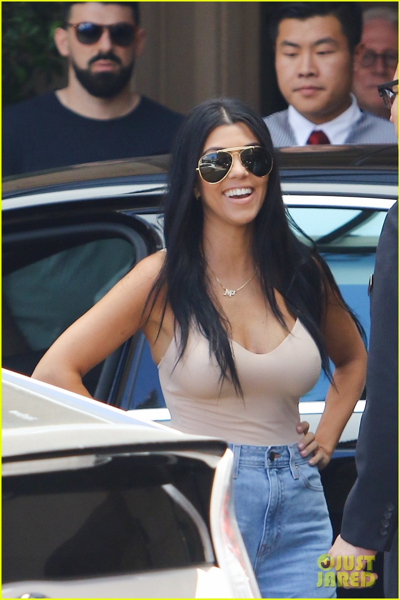 Cleavage Kourtney Kardashian nude photos 2019