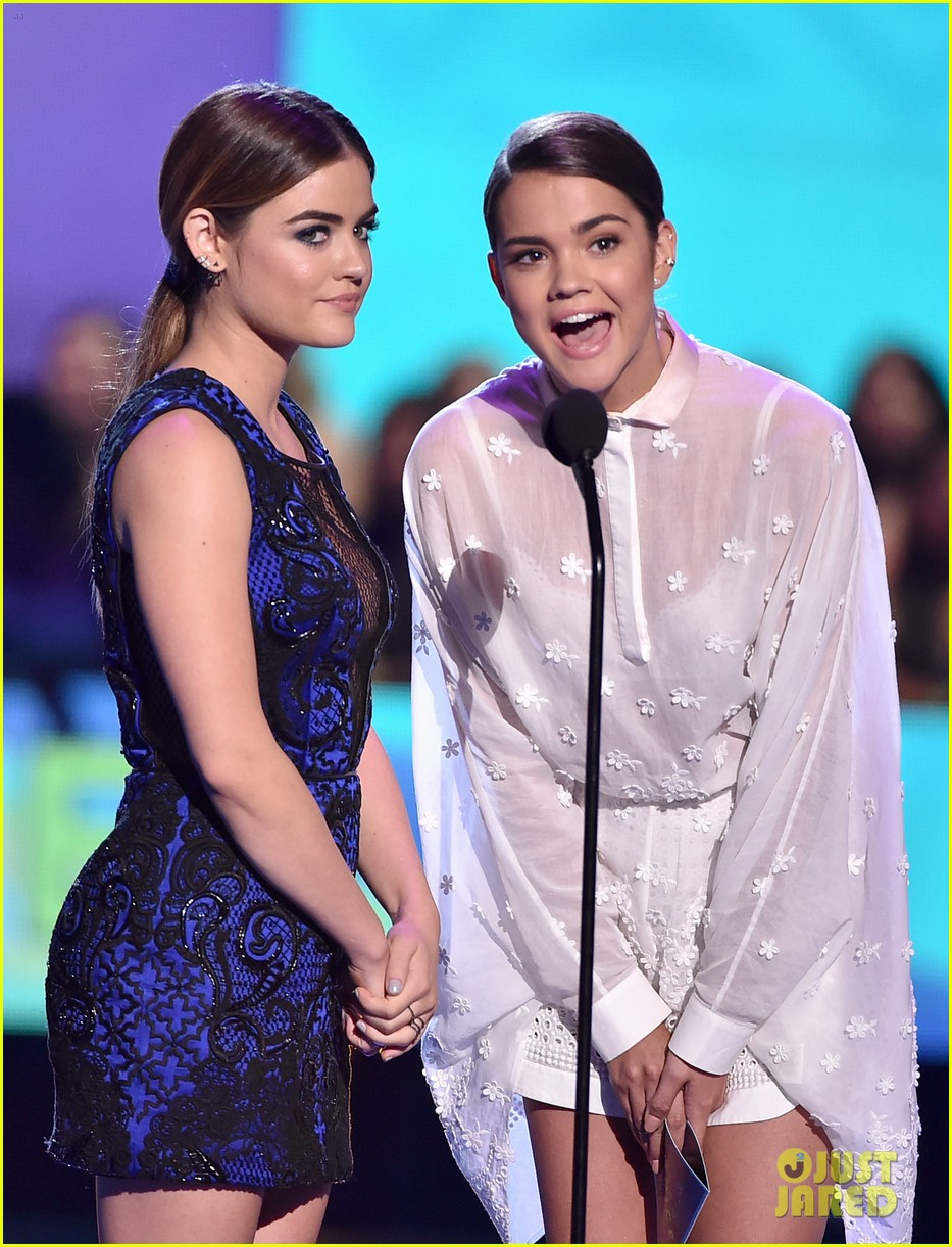 lucy hale janel parrish vanessa ray pll wins teen choice 033440026