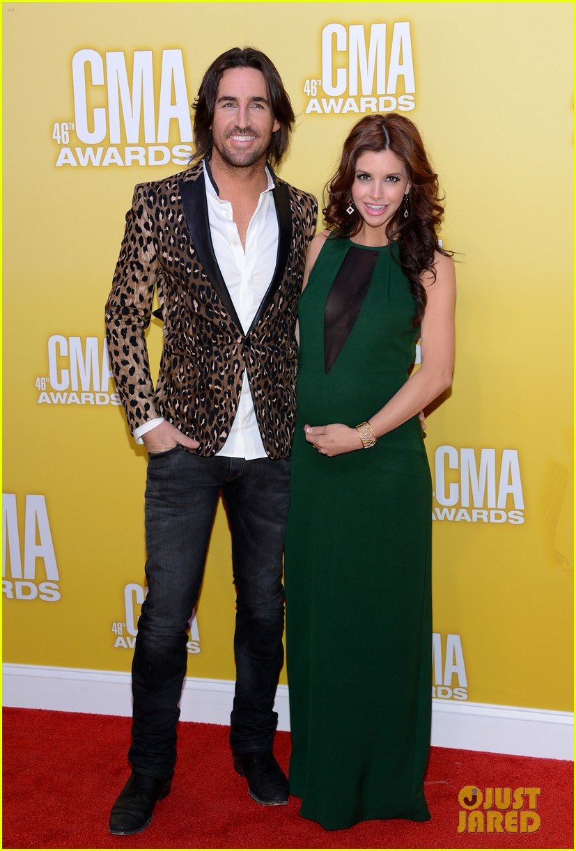 jake owen wife lacey buchanan getting divorced 053432817