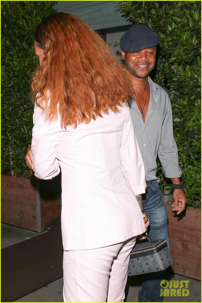 Rihanna Bumps Into Cuba Gooding Jr At Dinner Photo 3446770 Cuba