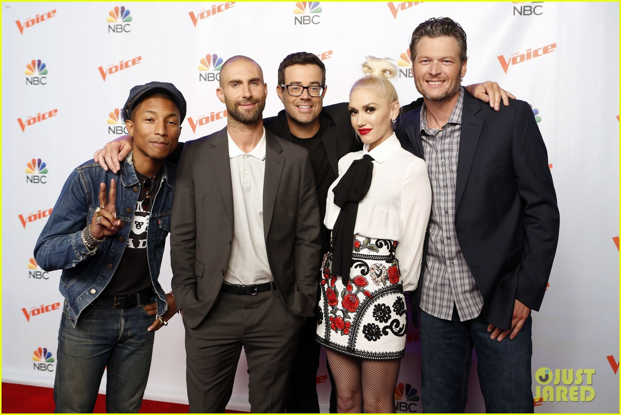 adam levine gwen stefani take virtual trip in new the voice promo watch here 073446600