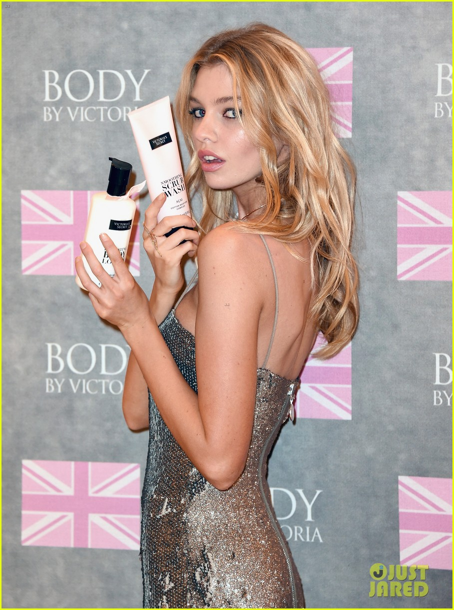 stella maxwell body victoria secret launch 013437484