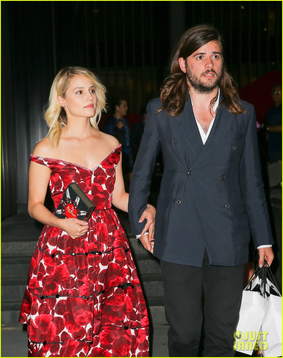 dianna agron boyfriend winston marshall hold hands marc jacobs 023463910