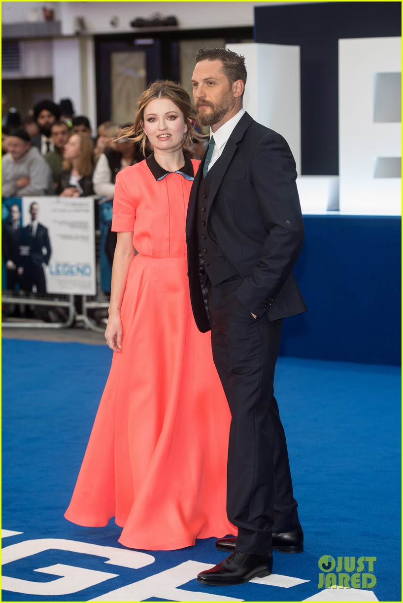 emily browning legend premiere london 013452679