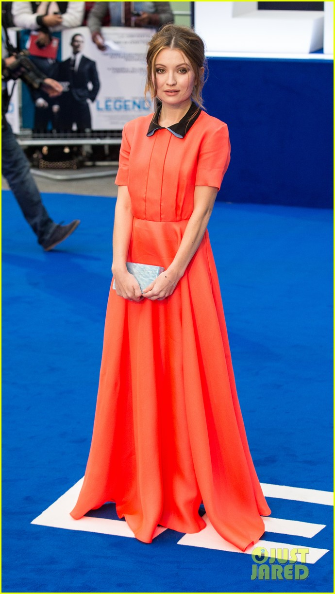 emily browning legend premiere london 023452680