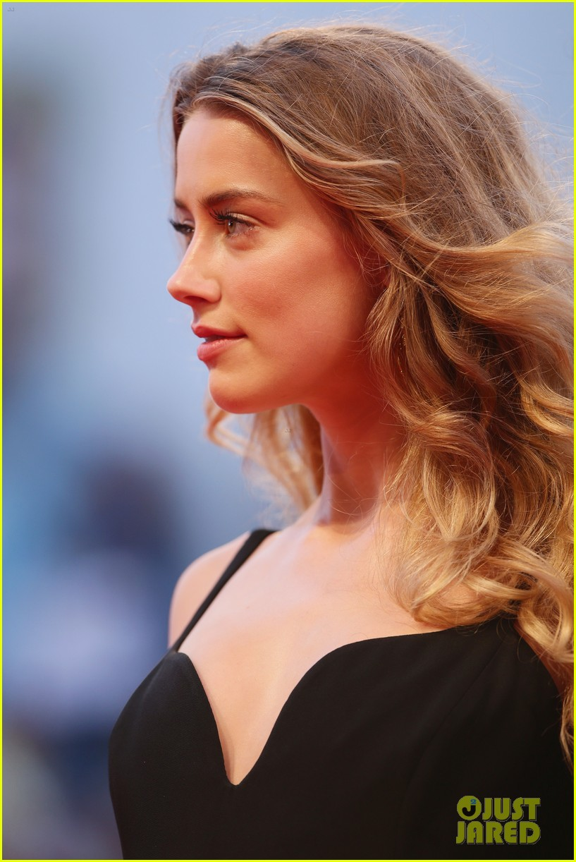 Amber Heard Supports Johnny Depp At Black Mass Premiere