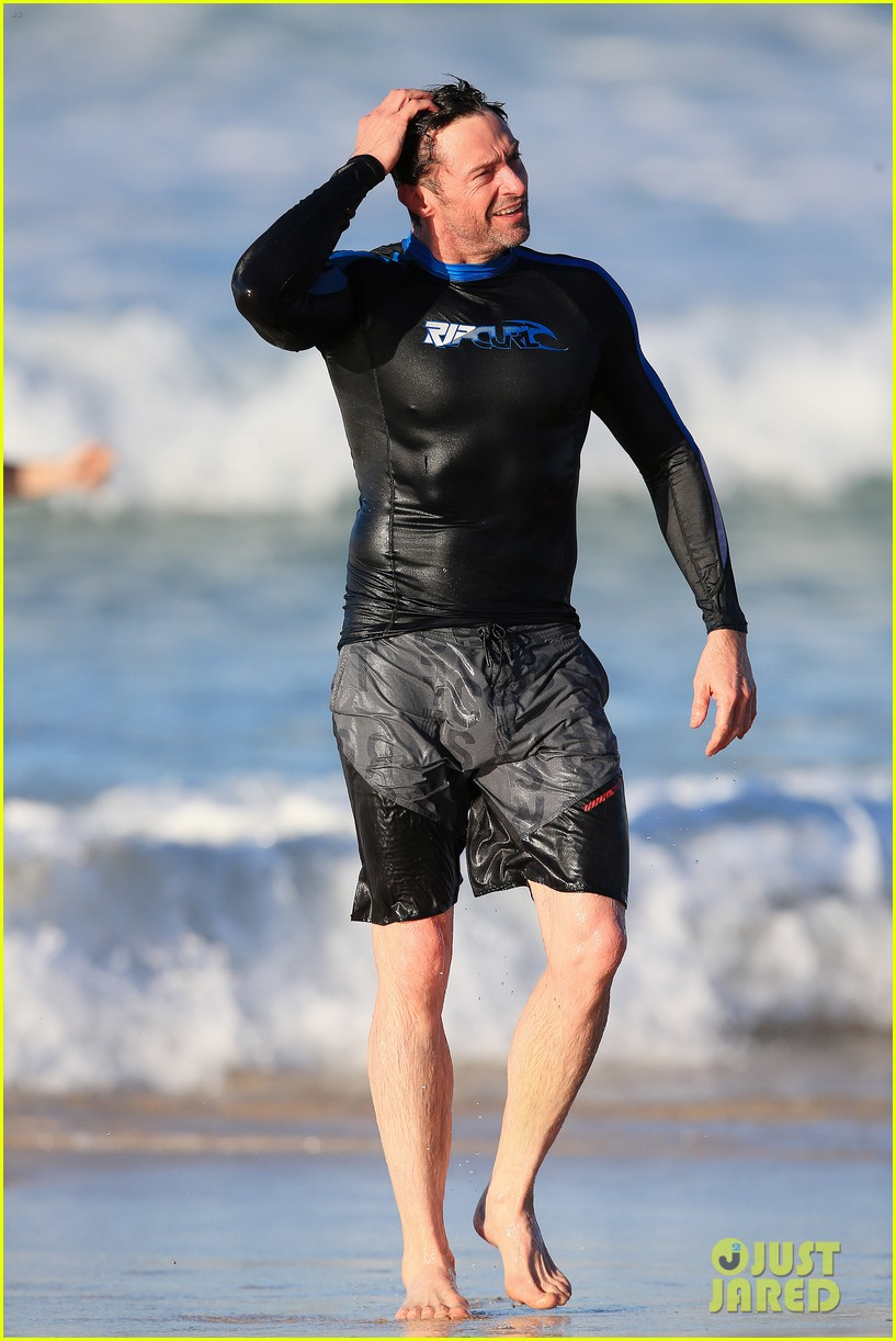 hugh jackman takes dip in the water 063451895
