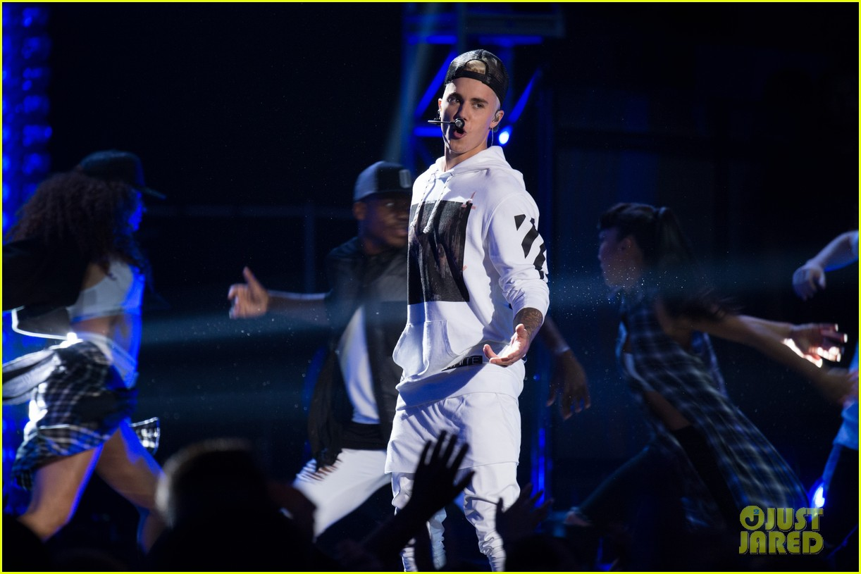 justin bieber think up performance watch here 163458448