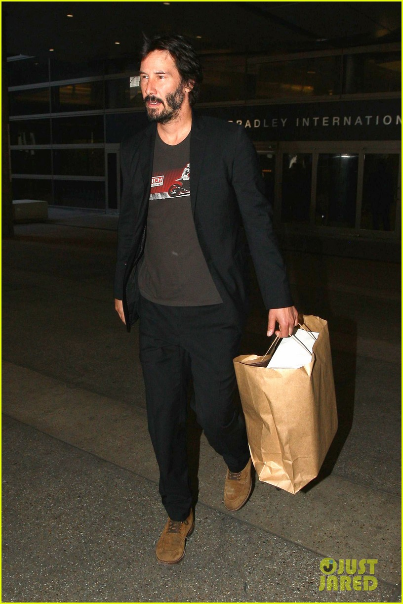 keanu reeves back in la after venice 053454231