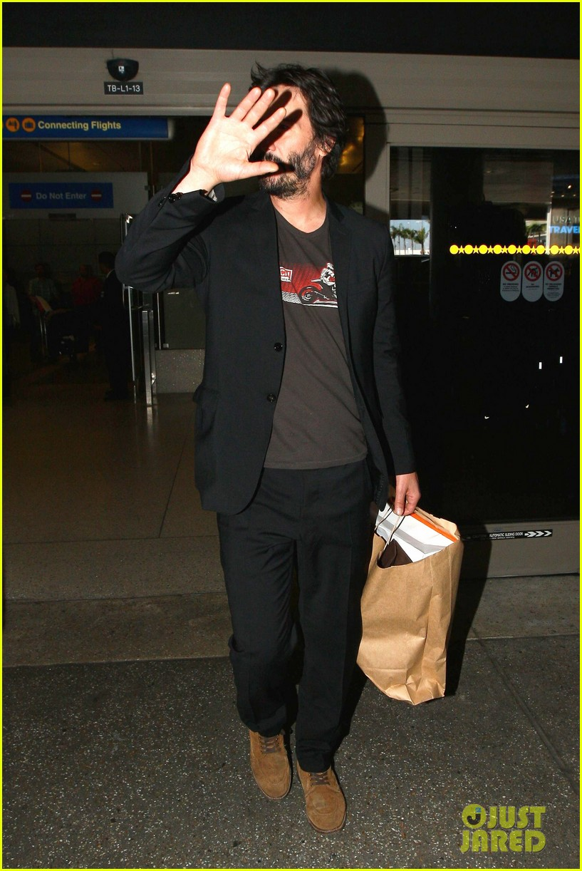 keanu reeves back in la after venice 093454235