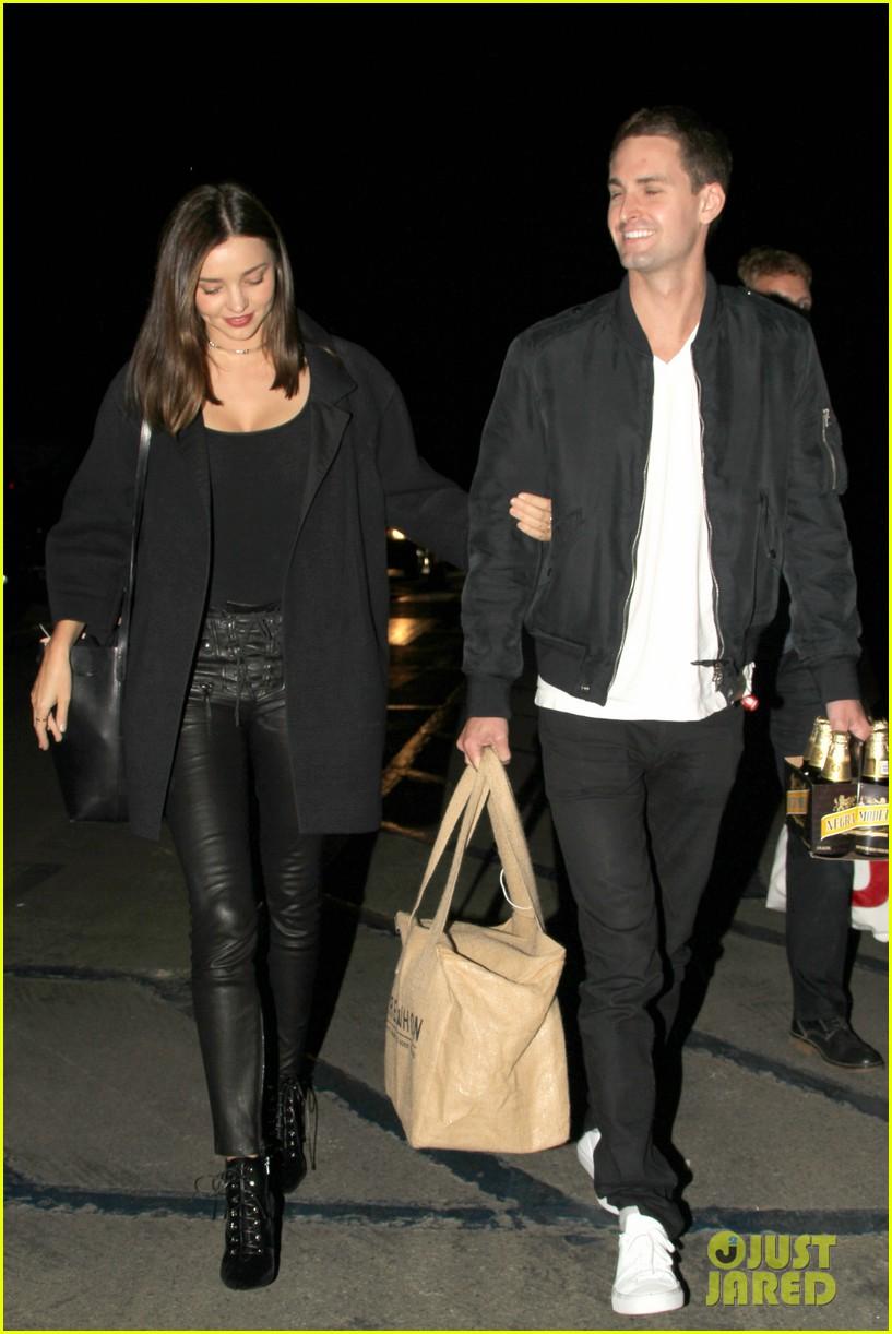 Miranda Kerr Amp Evan Spiegel Couple Up At Kanye West