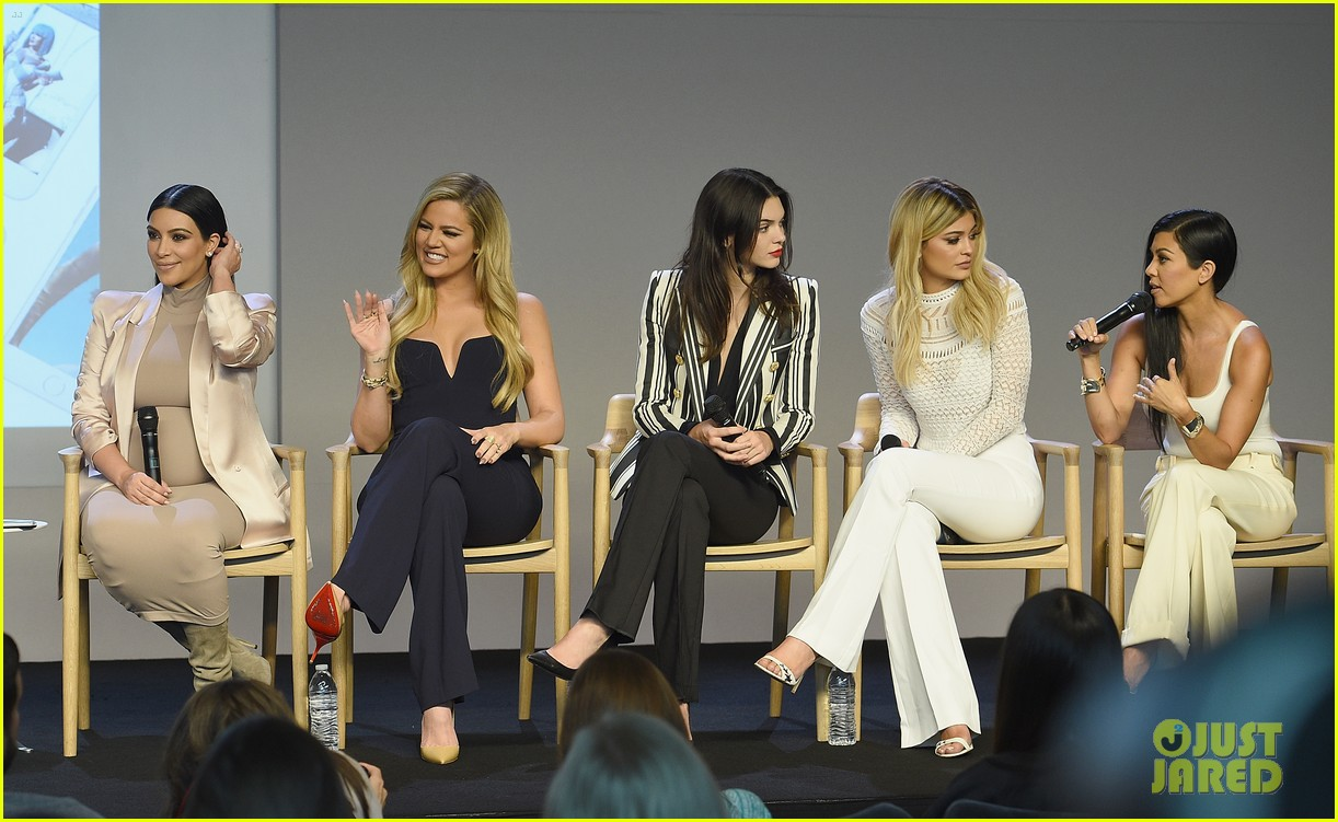 kardashian jenner sisters give first interview all together 043461029