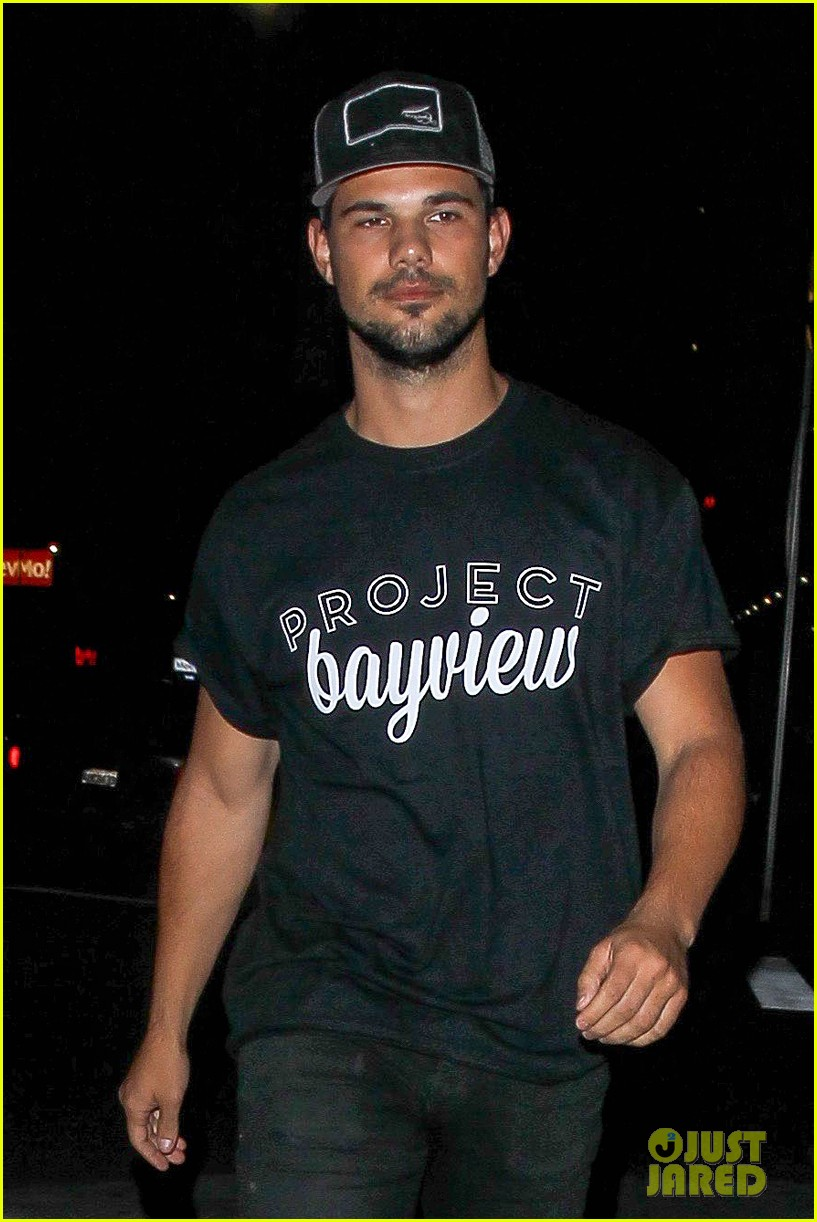 taylor lautner will appear at the think it up live telecast 023458494
