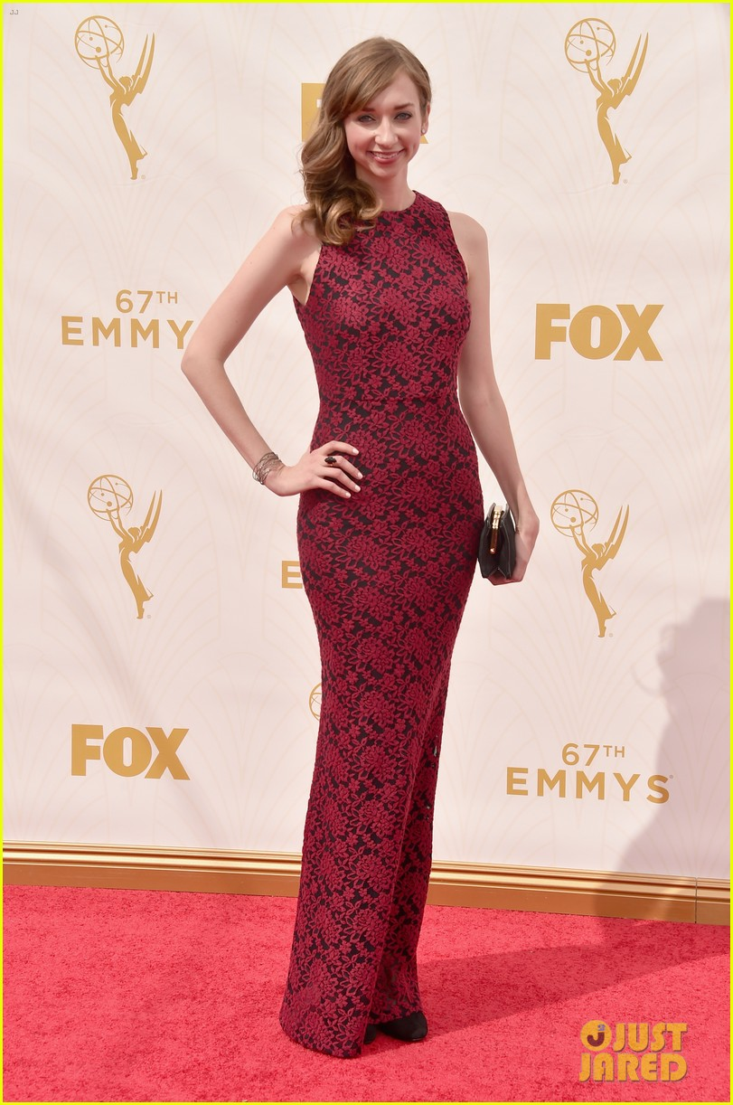 Full Sized Photo Of Laverne Cox Laura Prepon Emmys 2015 21 Photo 3466583 Just Jared