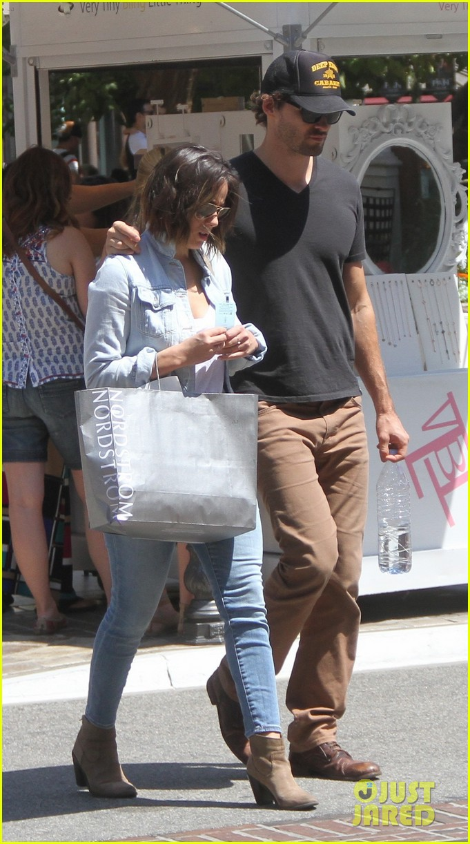 austin nichols chloe bennet couple up at friends wedding 063454297