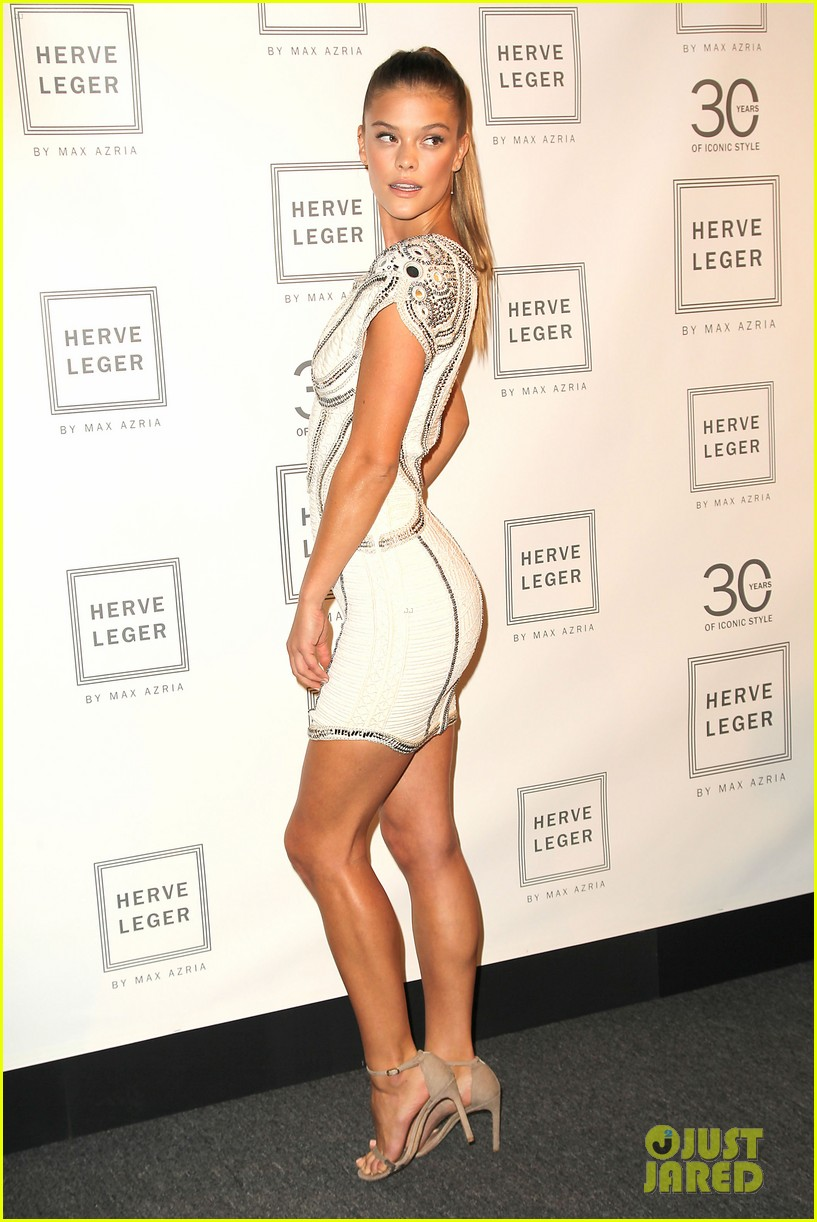 Nina Agdal   Victoria Justice Sit Front Row For Herve Leger At NYFW ... 5d2f96267