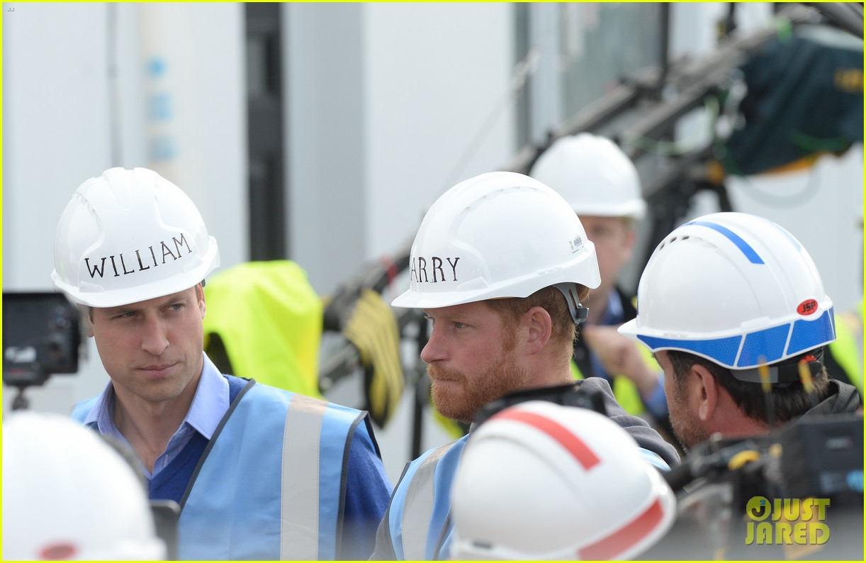 prince william harry hard hats diy sos 383469499