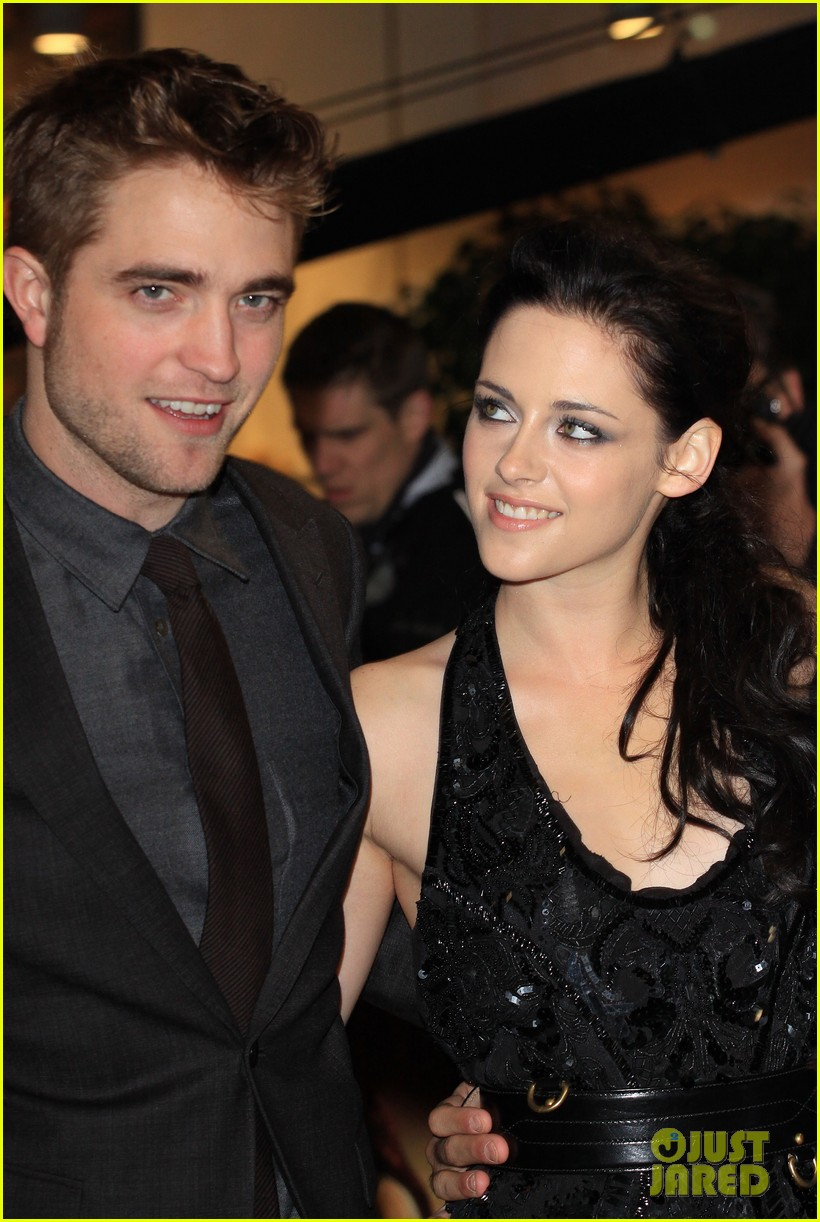 Is rob and kristen still dating