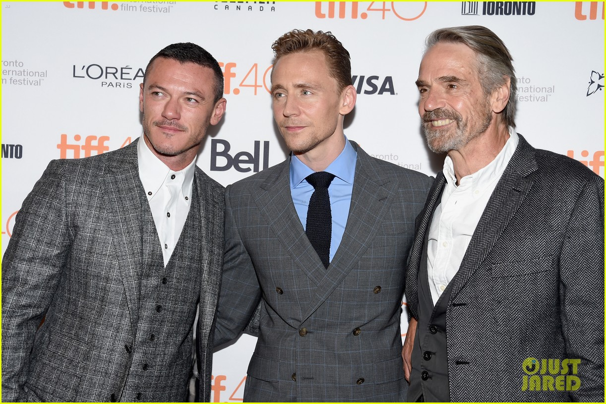 tom hiddleston luke evans high rise premiere 143460361