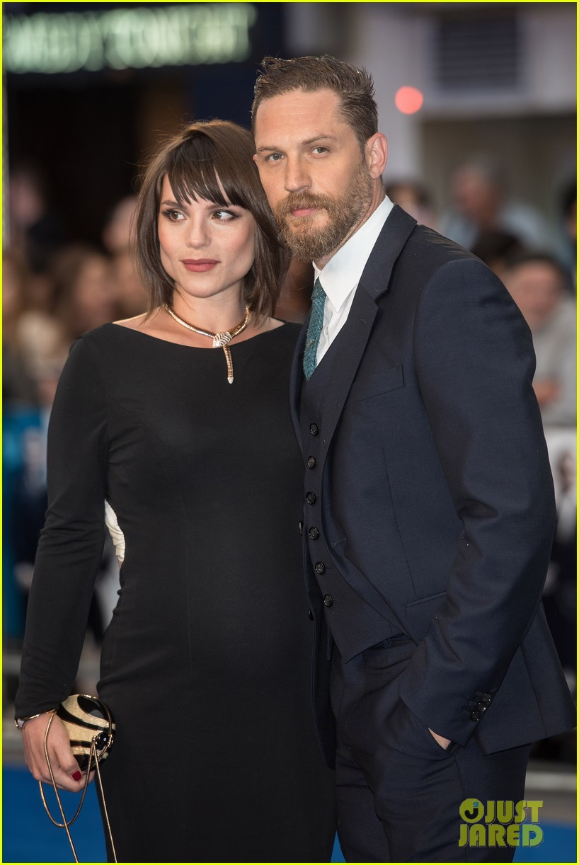 tom hardys wife charlotte riley pregnant 053451880