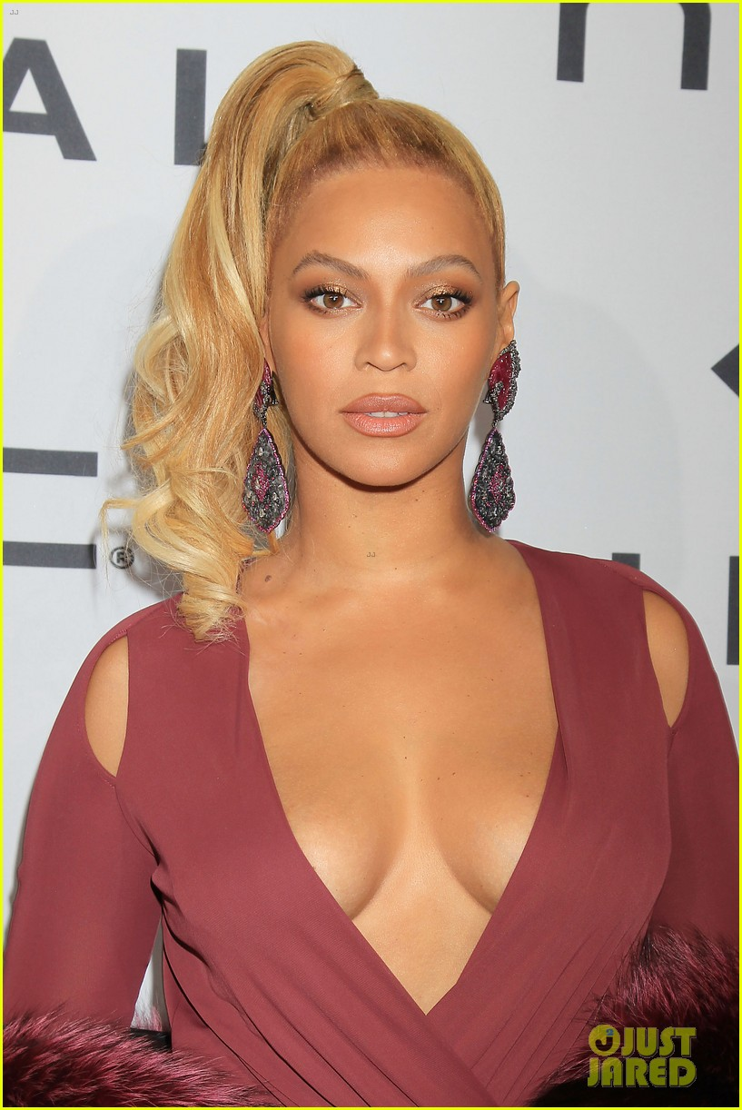 Cleavage Beyonce nude photos 2019