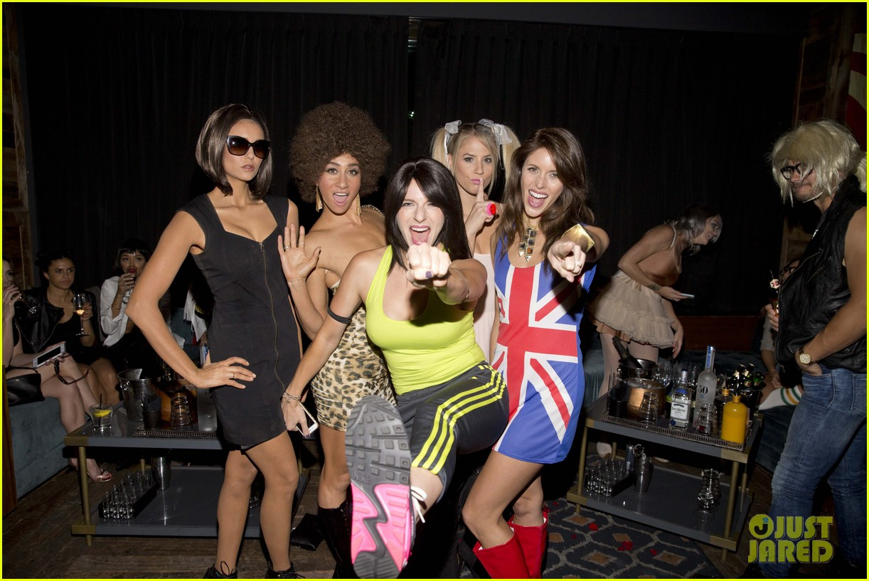 nina dobrev dressed up as posh spice for halloween 013491750
