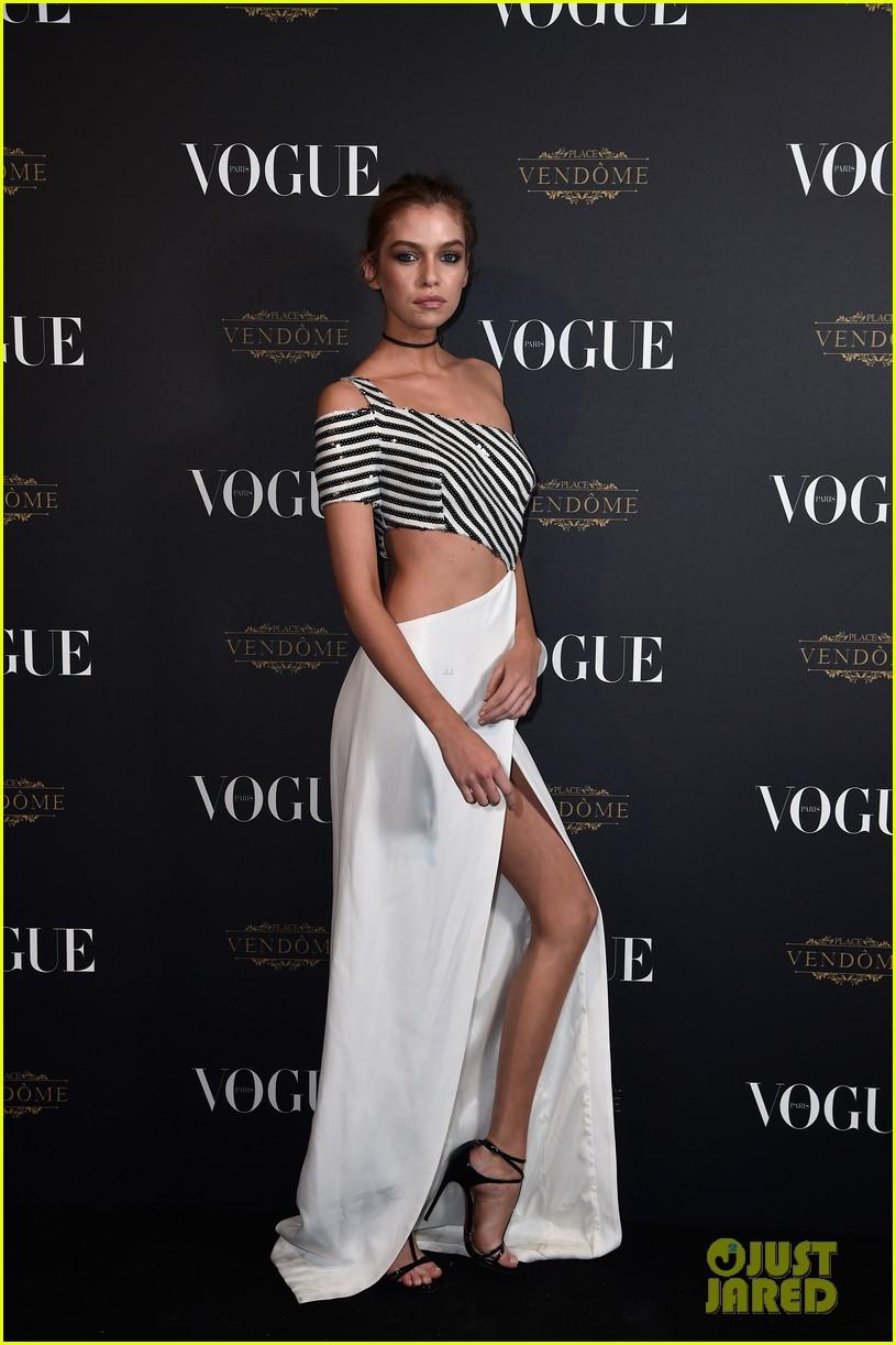 Bella Hadid Amp Stella Maxwell Join Barbara Palvin At Vogue
