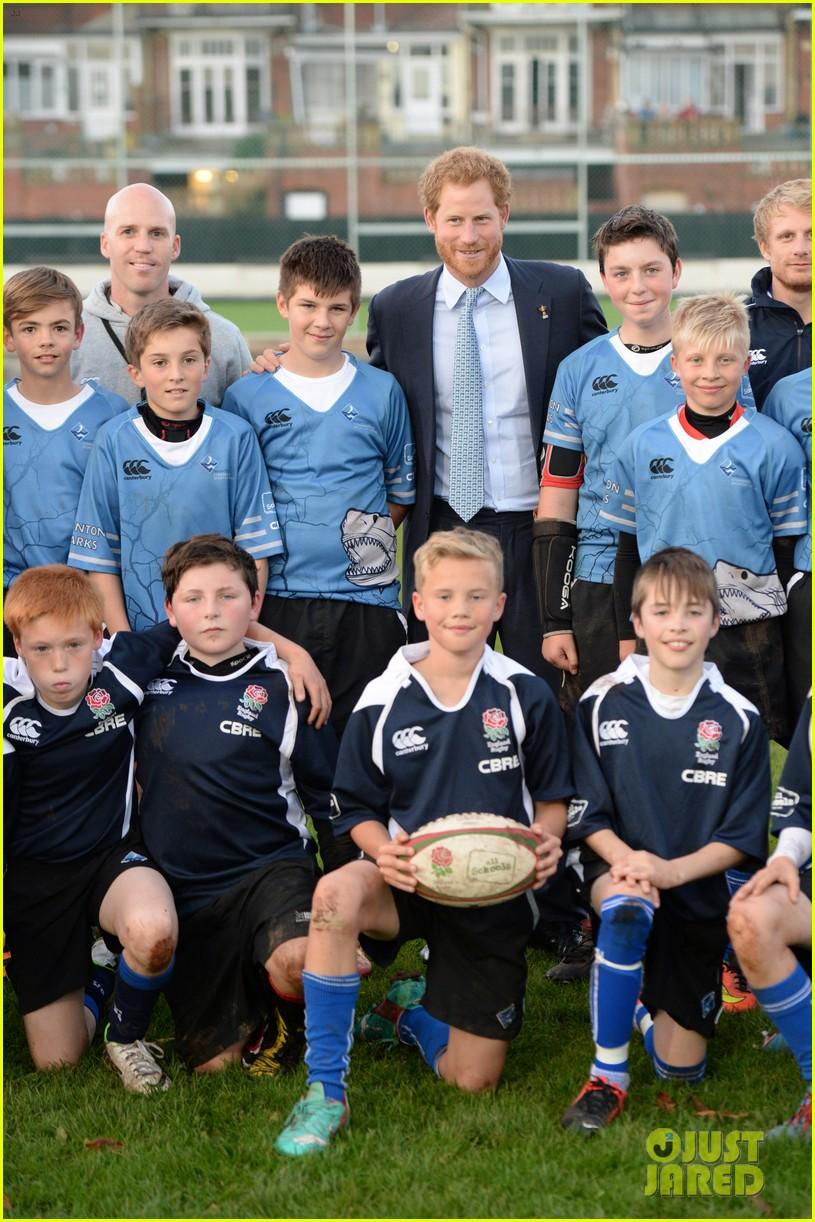 prince harry rugby award devon 103479117