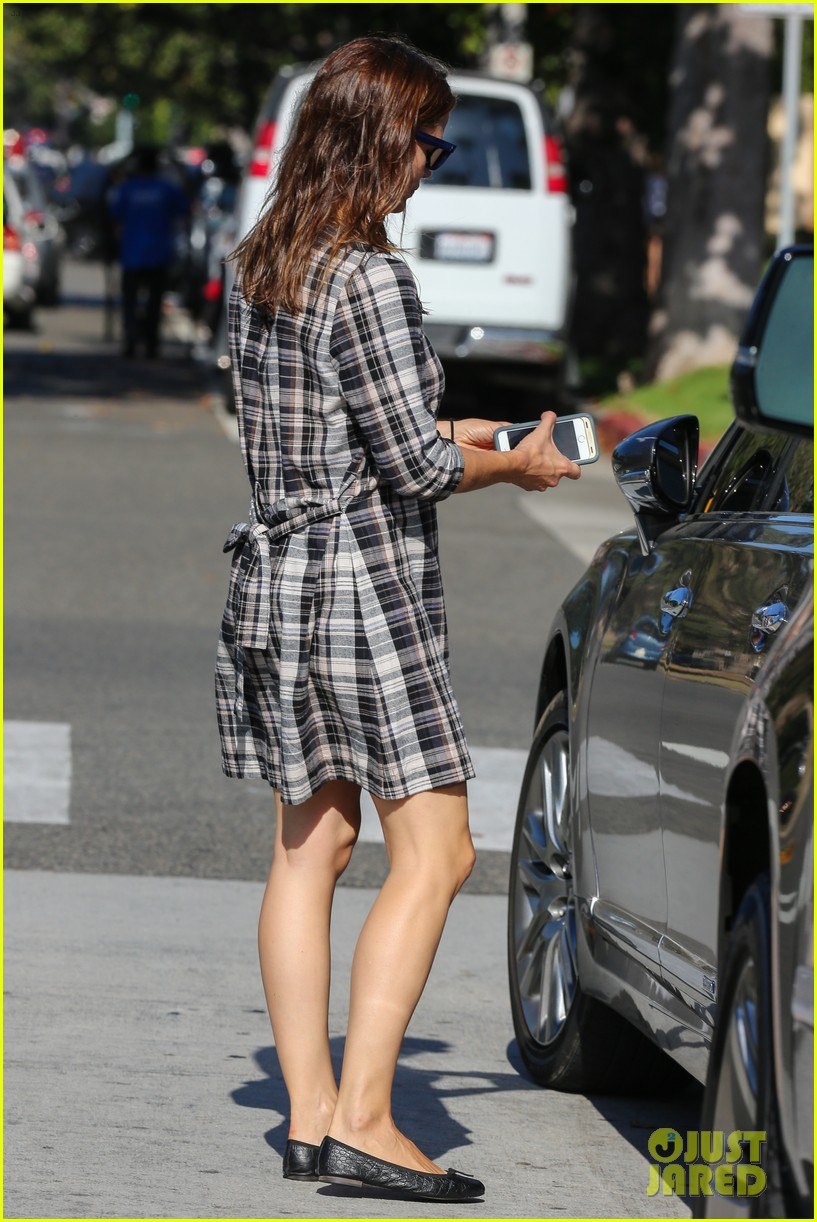 jennifer garner shopping bristol farms 243490713