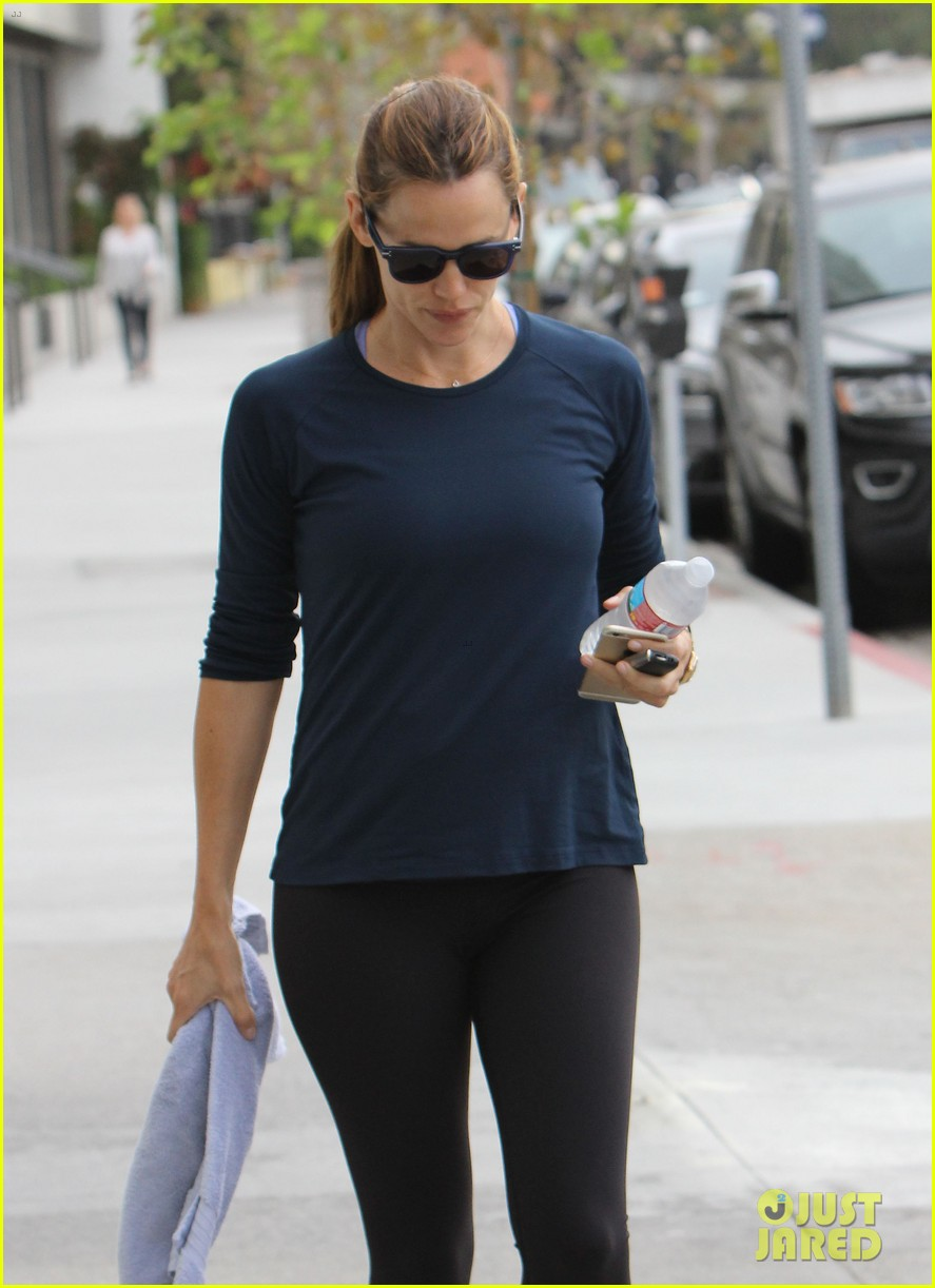 jennifer garner shopping bristol farms 413490730
