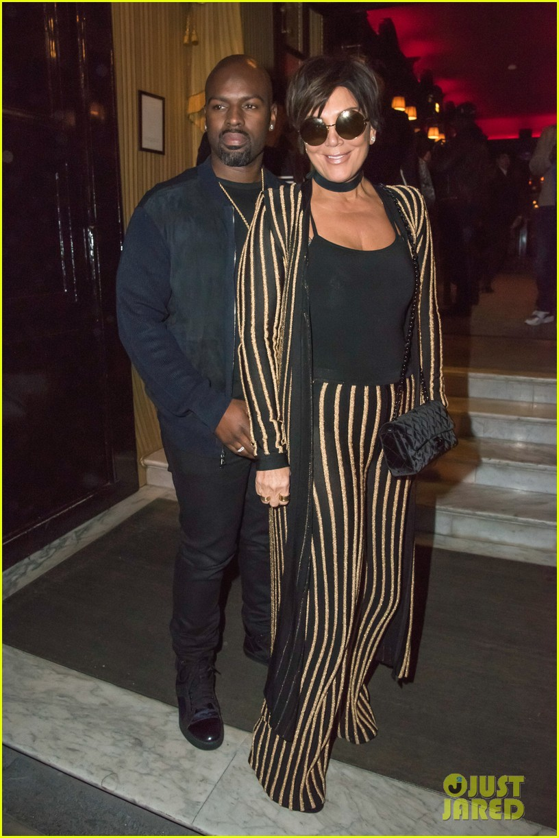 Delightful Kris Jenner Wears An Outfit Straight Out Of Kimu0027s Closet!