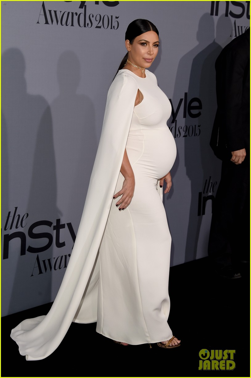 Pregnant Kim Kardashian S Baby P Is Prominent In Form Ing White Dress