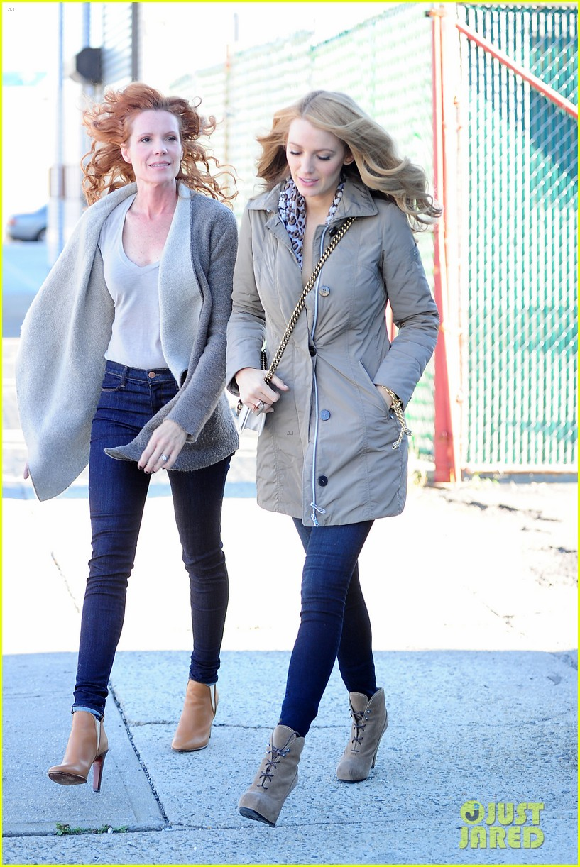blake lively talks a walk down normal street with sis robyn
