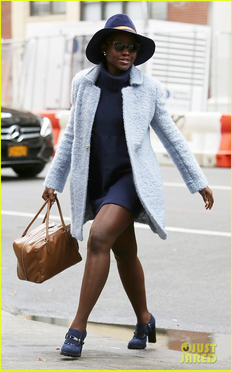Lupita Nyong'o's Street Style Is Always On Point!: Photo ...